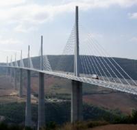 \Jembatan Jawa-Sumatra Tiru Jembatan Inggris-Prancis\