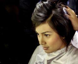 Merawat Keindahan Rambut dengan Bahan Alami