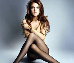 Lindsay Lohan Foto Threesome Sambil Bugil