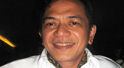 Ray Sahetapy Belajar Wayang dari Istri