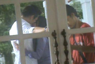 Indra L Brugman-Dewi Persik Ciuman di Luar Adegan Film