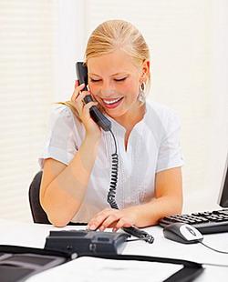 Etika Bertelepon di Tempat Kerja