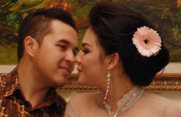 Image result for Sissy Priscillia dan Rifat Sungkar