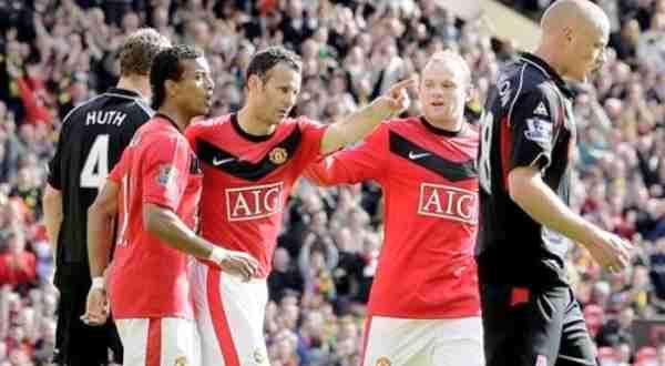 F: Ryan Giggs, Nani dan Wayne Rooney (daylife)