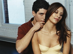 Leher & Kelopak Mata, Zona Hipersensitif Wanita