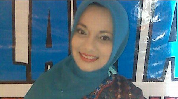 Marissa Haque Ngotot Dapat Gelar Profesor