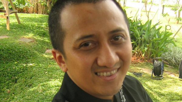 Ustad Yusuf Mansyur Hormati Keputusan Aa Gym