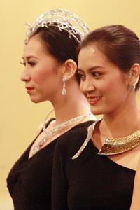120 Peserta Ramaikan ASEAN Jewellery Expo 2011