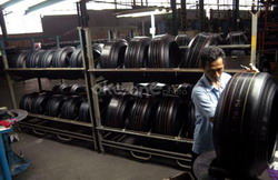 \Indopoly Targetkan Produksi 20 Ribu Ton/Tahun\