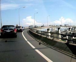 \Jalan Tol Cikampek-Palimanan Diprioritaskan\