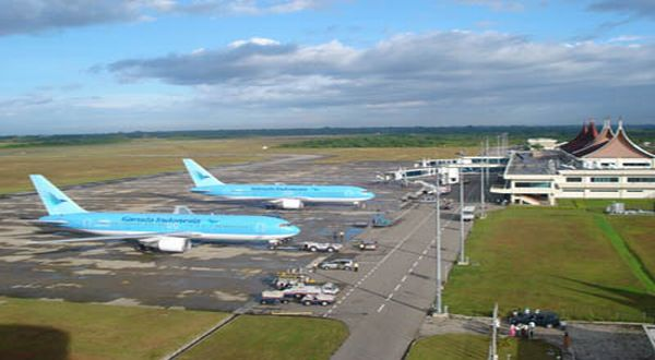 \Bandara Internasional Minangkabau Tambah Landasan Pacu\