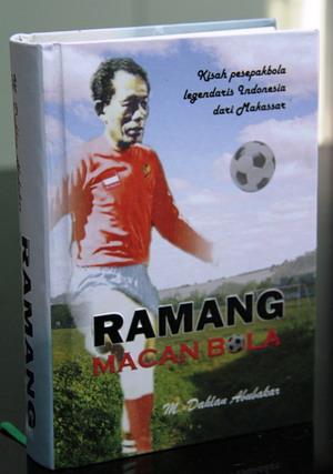 Buku Ramang.(foto:Arpan Rachman)