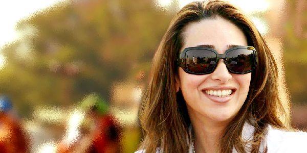 Karisma Kapoor Rayakan Diwali Bareng Eks Suami