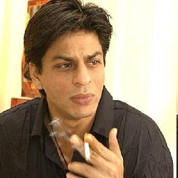 Shahrukh Khan Depresi Tak Bisa Setop Merokok