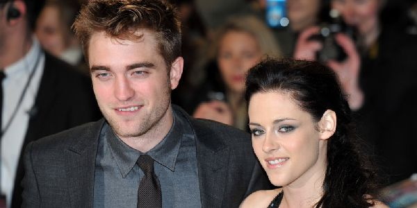 Adegan Ngeseks, Robert Pattinson Malu