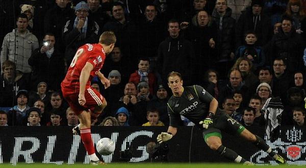 Penalti Gerrard Bawa berikan kemenanga Liverpool 1-0 atas Manchester City.  (daylife)