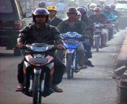 \  Rambah Industri Ban Motor, 5 PT PN Gelontorkan Rp144 M\