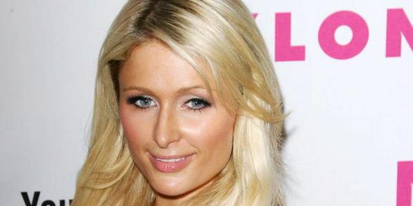 Senang Berjudi, Paris Hilton Menang Rp271 Juta