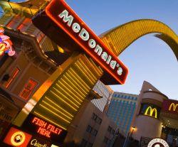 \McDonald & Carrefour China Dituduh Jual Pangan Kedaluwarsa\