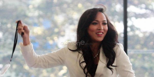 Tanpa Angelina Sondakh, Aaliyah Tetap Profesional