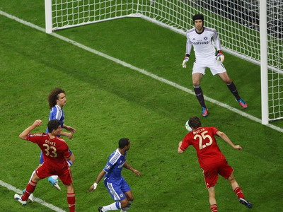 Gol Bayern hasil tandukan Thomas Mueller (Foto: Daylife)