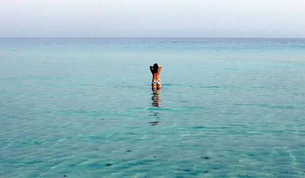Wah, Turis Jerman Paling Hobi Bugil di Pantai!