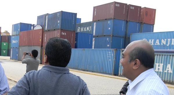 \Pelabuhan Pontianak perlu diperluas\