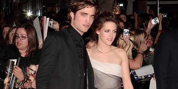 Robert Pattinson-Kristen Stewart (foto: Showbizspy)