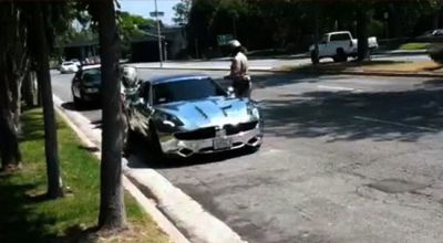 Paparazzi pengejar Justin Bieber tengah berurusan dengan polisi. (Foto: TMZ)