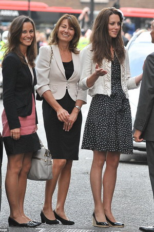 ''Ibunda Kate Middleton Lebih Seksi dibanding Dua Anaknya''