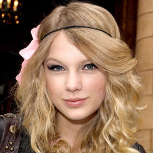 Baru Putus, Taylor Swift Kepincut Ed Sheeran