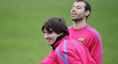 Lionel Messi dan Javier Mascherano (foto: Reuters)