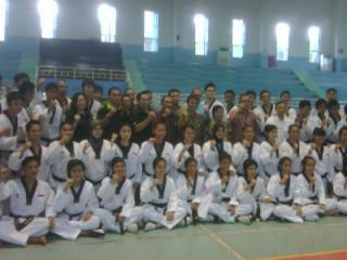Menpora Kunjungi Pelatnas Taekwondo. (Foto: windi)