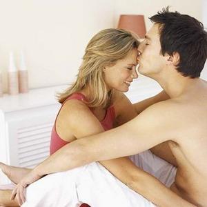 Pria pun Suka Posisi Seks Woman on Top
