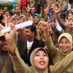 \Soal Outsourcing, Kementerian BUMN Dinilai Lepas Tanggung Jawab\