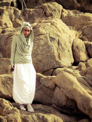 Beli Karya Dian Pelangi, Aslinya Cuma di Butik Resmi