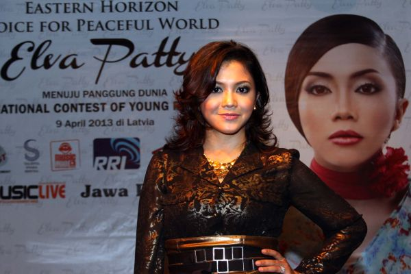 Elva Patty, Penerus Sandy Sandoro di Ajang Internasional New Wave