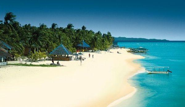 Ulah Tangan Jahil Turis di Tempat Wisata