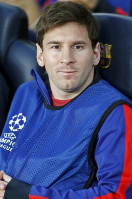 Messi hanya duduk di bangku cadangan. (Foto: Reuters)