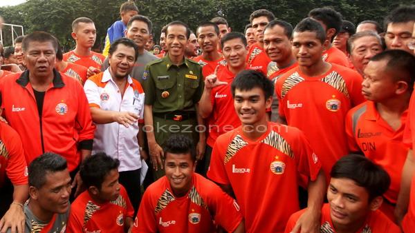 Jokowi bersama Persija.(foto:Dok okezone)