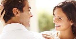Sikap Wanita Bikin Hati Pria Terpesona