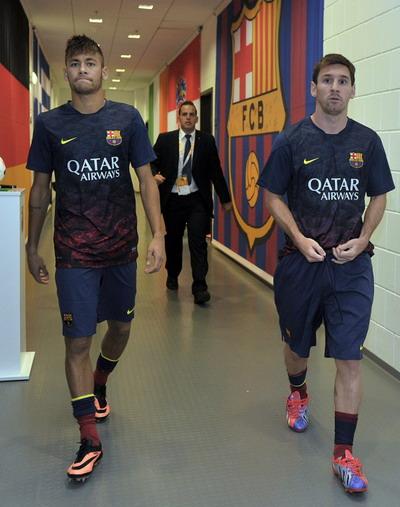 Neymar dan Messi di lorong ganti (Foto: Ist)