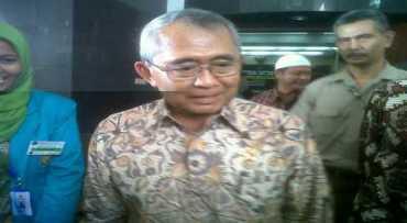 \Menteri PU Kaji Pembangunan Jalan Tol Bali Utara Selatan\
