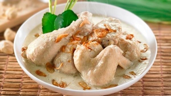 Sisca Soewitomo Bocorkan Cara Masak Opor Ayam Enak