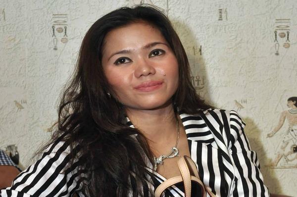 Istri Vicky Prasetyo, tunangan Zaskia