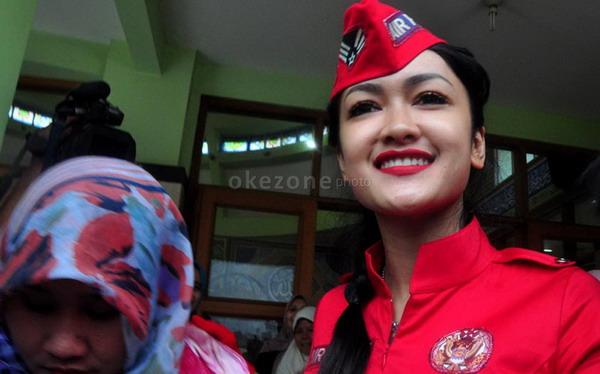 Julia Perez (foto: Achmad Aris/Okezone)