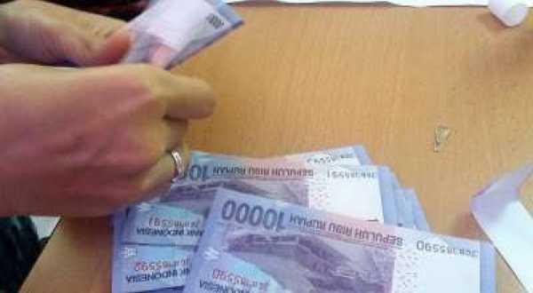 \Upah Minimum Provinsi 2014 Diumumkan 1 November\