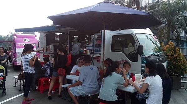 Food Truck Konsep Baru di Dunia Kuliner
