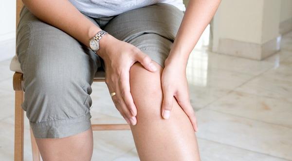 Tidak Tuntas Jalani Pengobatan, Cedera Lutut Bisa Sembuh?