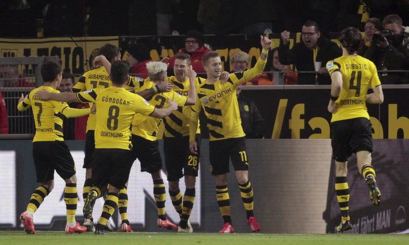 Reus Teken Kontrak Baru, Dortmund Pesta Gol